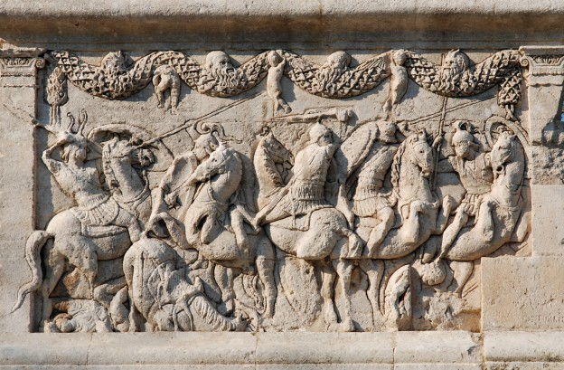Glanum,_mausoleum,_relief