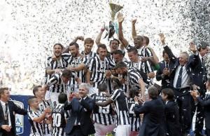 Premiazione-Juventus-Campione-DItalia-2014-620x400