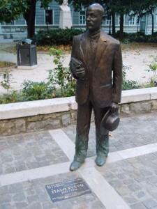italosvevo_statue
